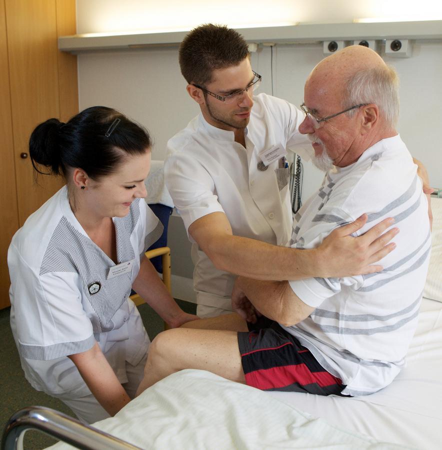 krankenpflege abschlussprüfung mit lösungen